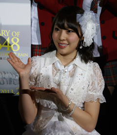 2013AKB48-s6.jpg