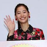中島裕翔 カーネル像投げは「絶対にしちゃダメ」『僕らのごはんは明日で待ってる』舞台挨拶