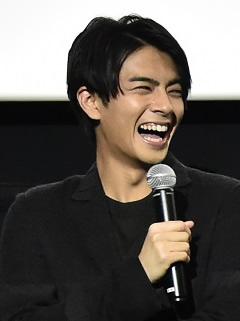 ichireisite-butai-240-1.jpg