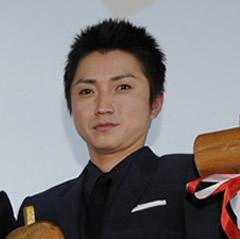 waranotate-fujiwara.jpg