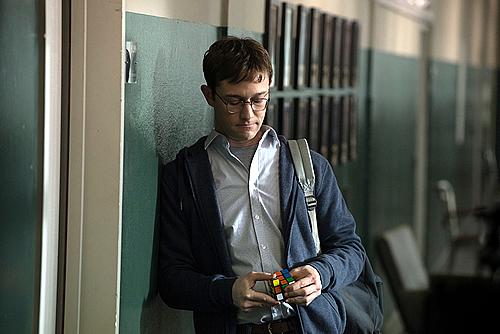 Snowden-500-6.jpg
