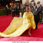 『メットガラ ドレスをまとった美術館』